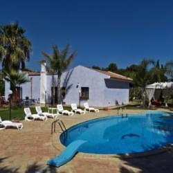 Bed And Breakfast Villa Azolata